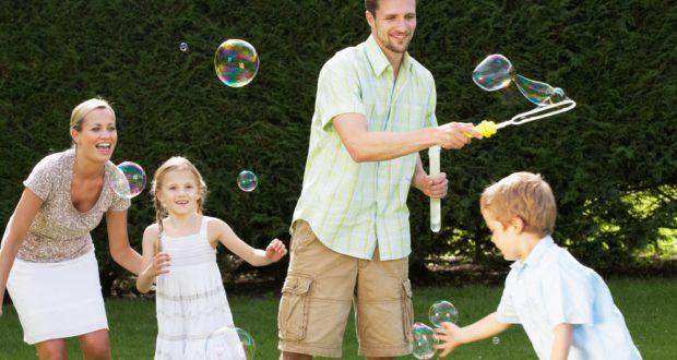 Lek med barnet ditt 15 minutter hver dag!